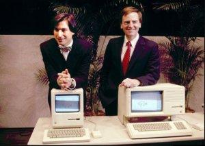 Steve Job et le premier MACINTOSH