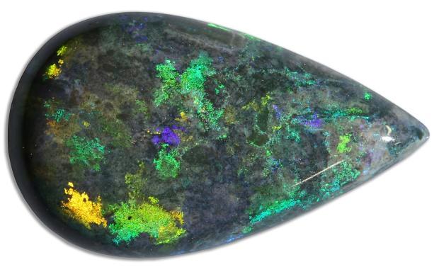 Opale noire d'Australie, ®photo Serge Briez - Cristaux-sante