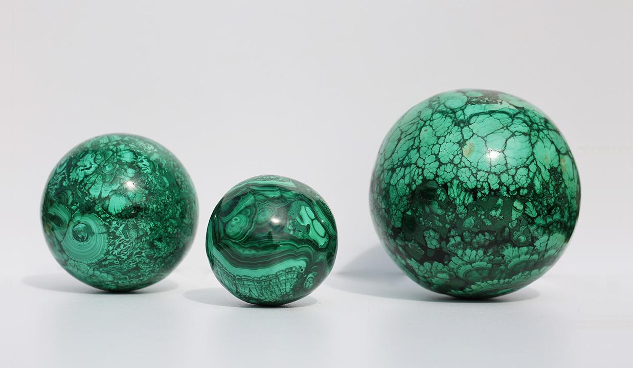 Boules de MALACHITE, photo ®Cristaux et Santé, 2016