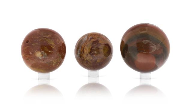 Boules de Jaspe Rouge, photo ®Cristaux et Bien-Être, 2017