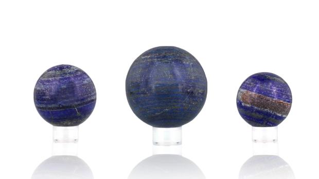 Boules de Lapis-lazuli, photo ®Cristaux et Bien-Être, 2018