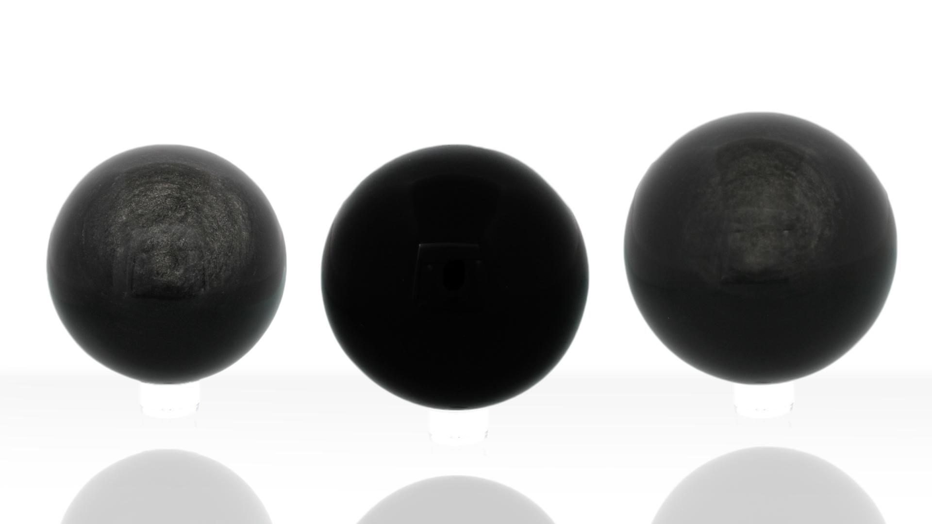 Boules d'Obsidienne noire, photo ®Cristaux et Bien-Être, 2018